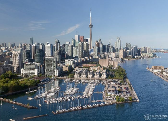 Canadá: Beca  Pregrado en  Diversas Áreas  Universidad de Toronto