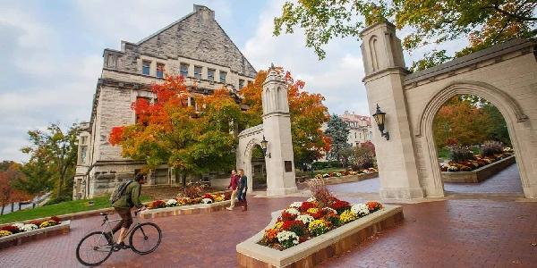 Estados Unidos: Becas para Pregrado en Varios Temas Indiana University