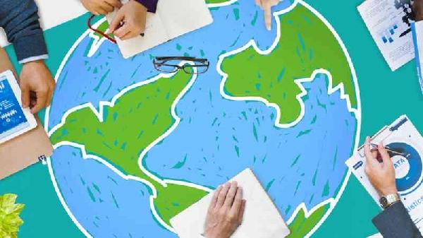 Online: Beca para Pregrado en Comercio Exterior Instituto  Formación Profesional